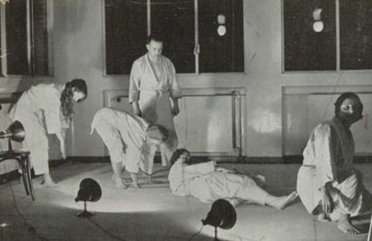 Forward Roll Sequence - Feldenkrais 1930s