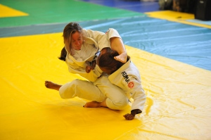 Setting up an armlock